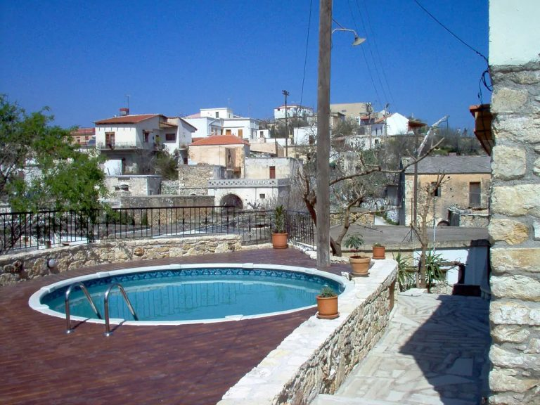 Guesthouse in Apokoronas Chania Crete for sale swimming pool KH142