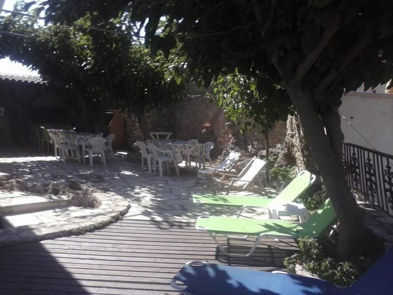 Guesthouse in Apokoronas Chania Crete for sale sundeck KH142