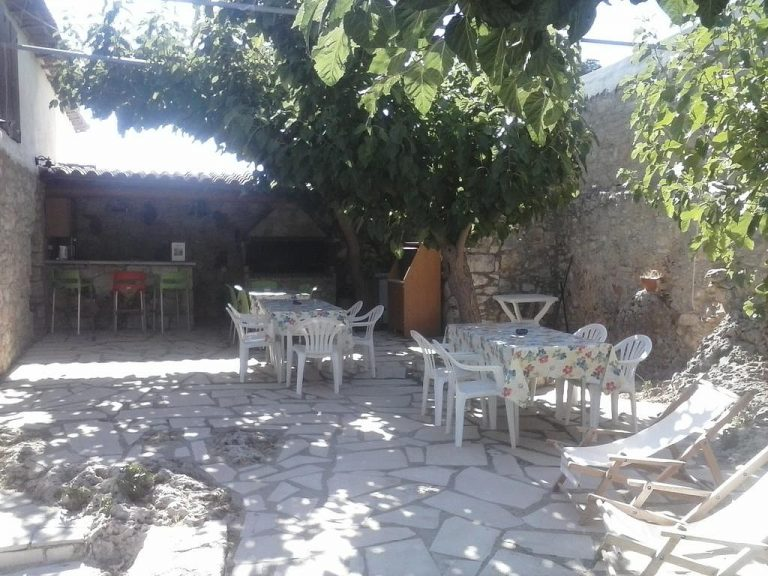 Guesthouse in Apokoronas Chania Crete for sale stone paved KH142
