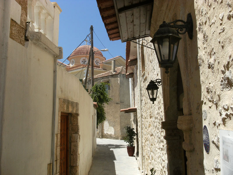 Stone house for sale in Pigi Rethymnon Crete alley RH015