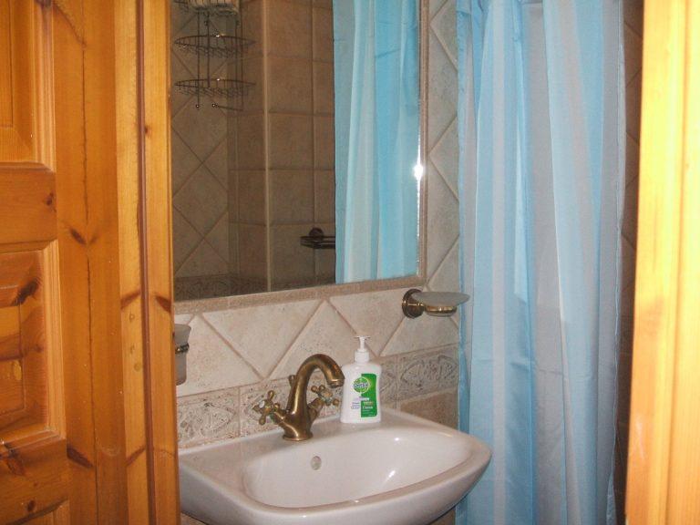 Stone house for sale in Rethymnon Crete bathroom detail RH015