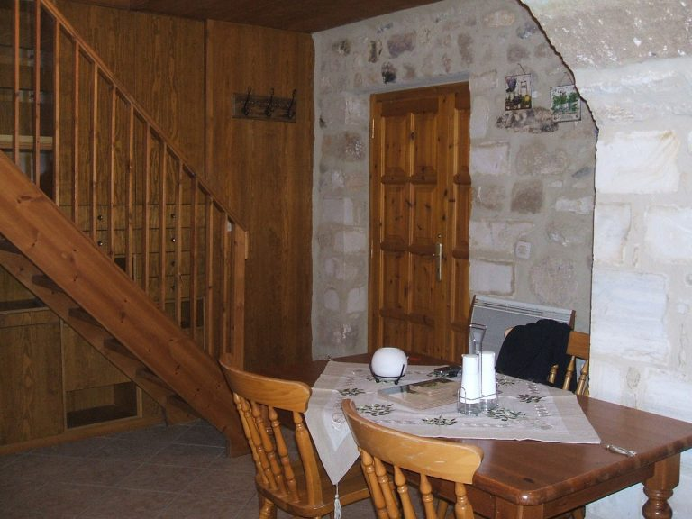 Stone house for sale in Rethymnon Crete dining RH015