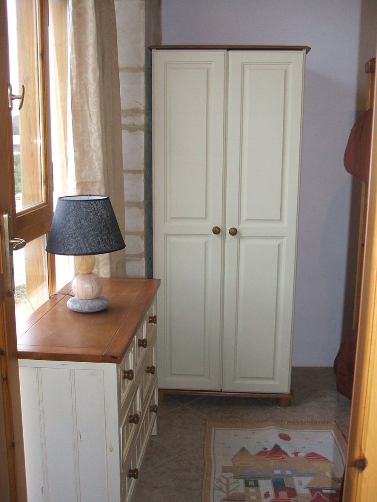 Stone house for sale in Rethymnon Crete furniture detail RH015