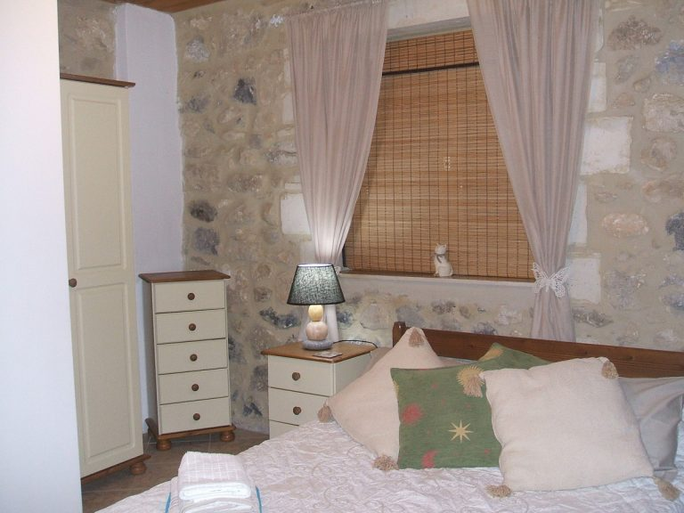 Stone house for sale in Rethymnon Crete bedroom RH015
