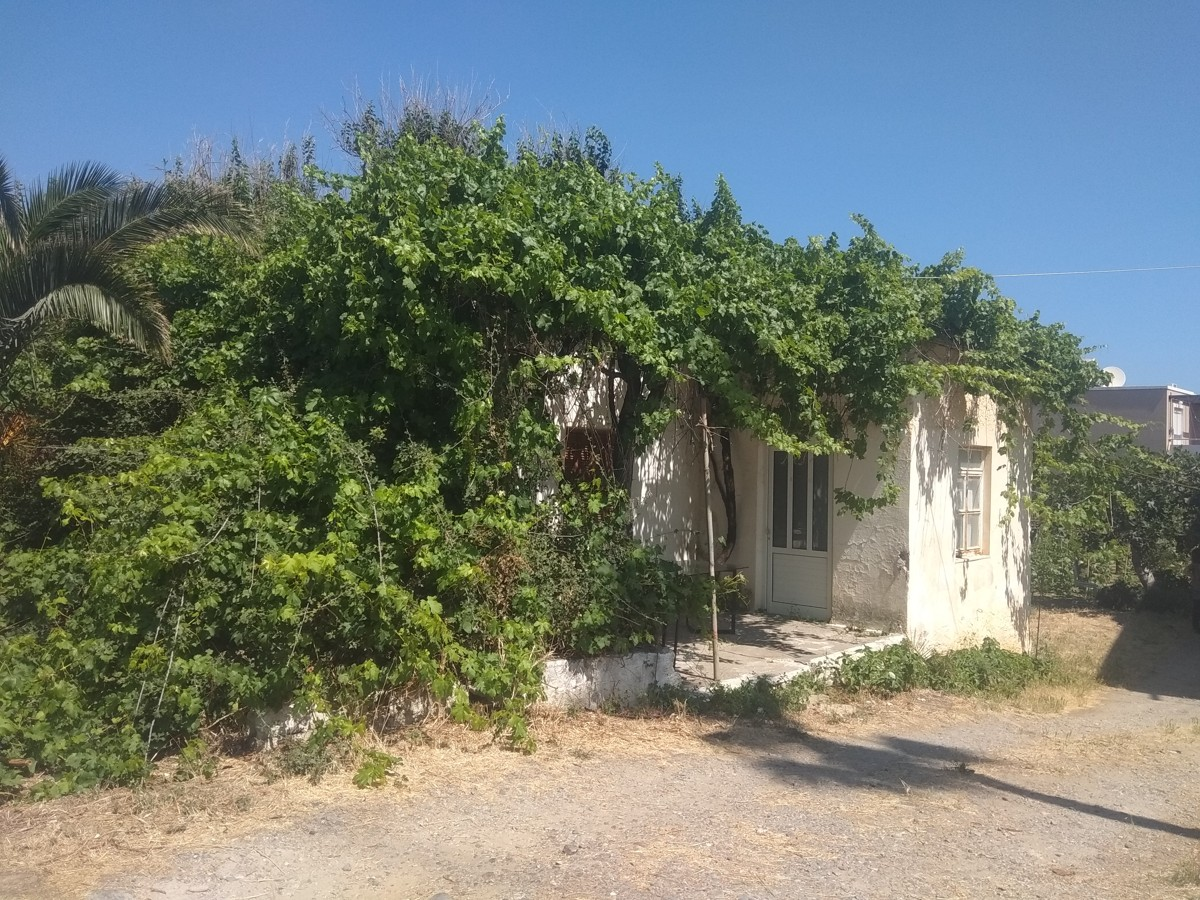 Plot for sale in maleme platanias chania cl086 the building