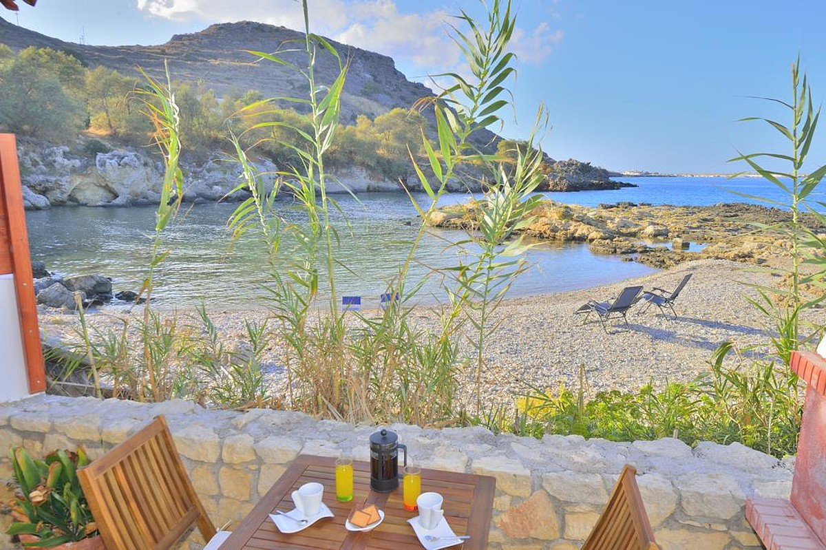 Seafront villa for sale in Kissamos Chania CH123 seaview