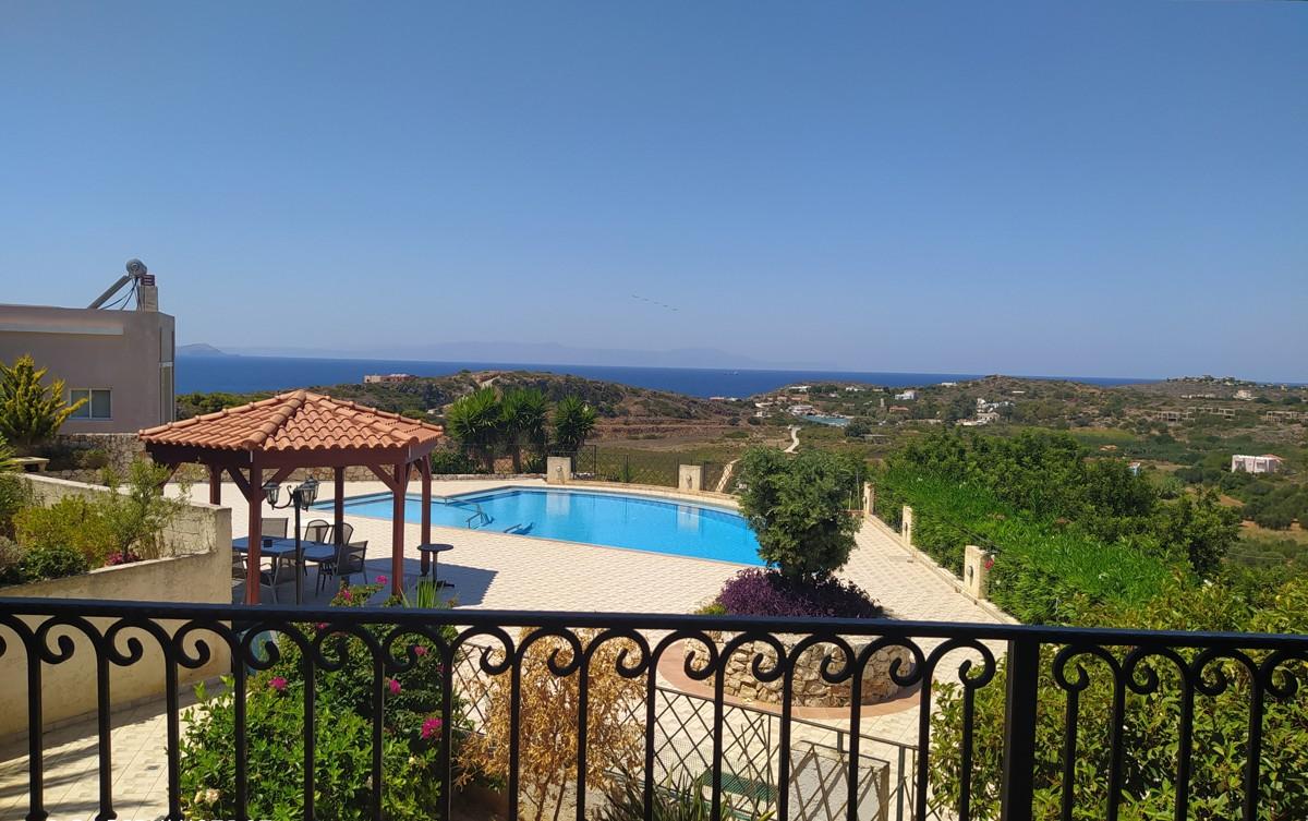 house for sale in Akrotiri Chania Crete ah116 pool view