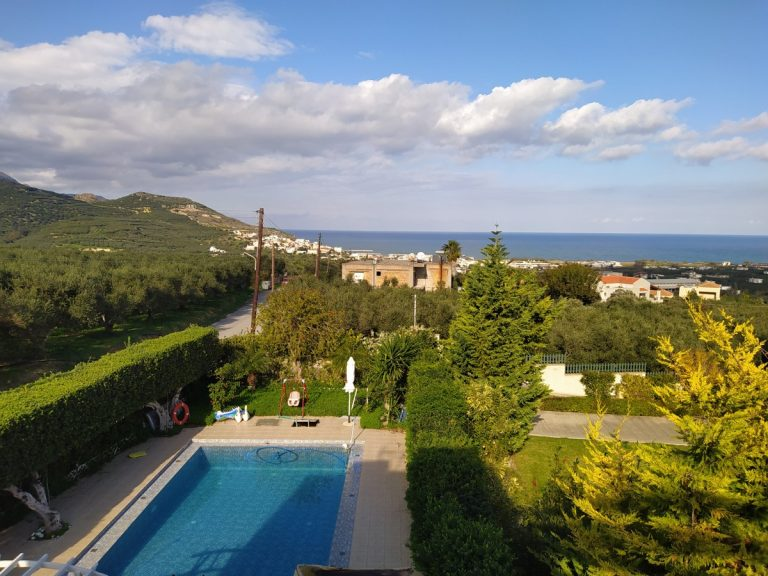 house for sale in kolymbari chania ch134 garden and view