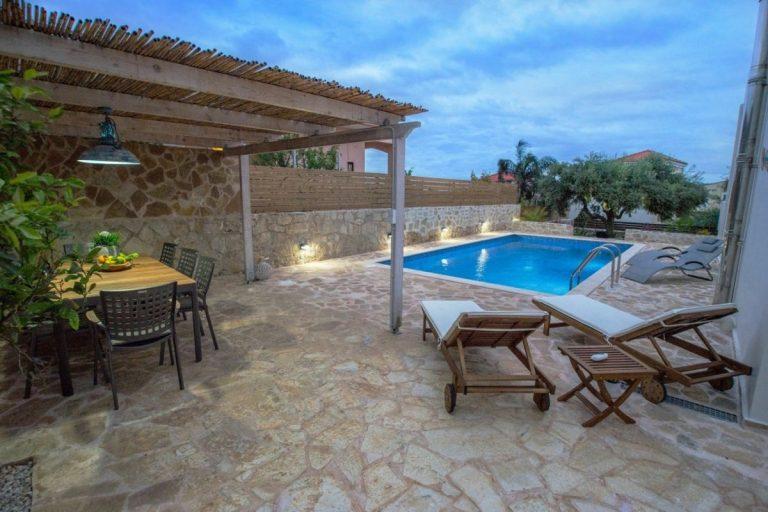 villa for sale in chania ch142 pool and pergola