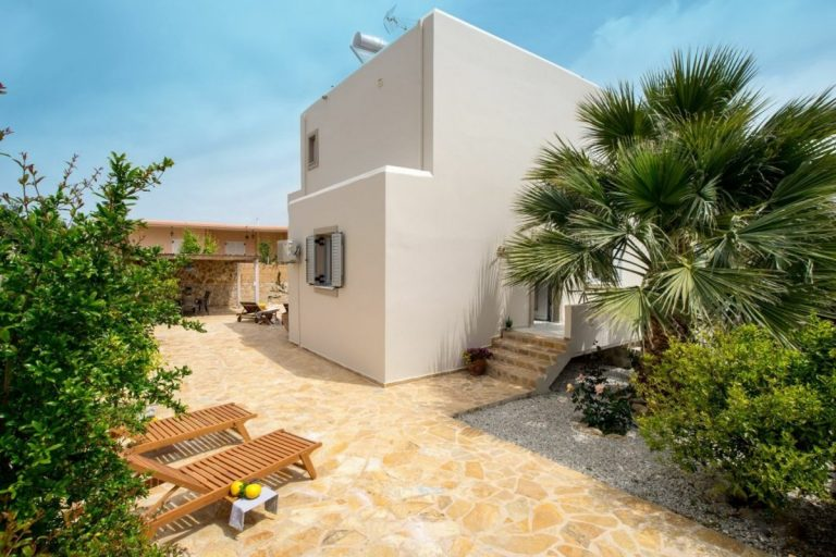 villa for sale in chania ch142 exterior and trees