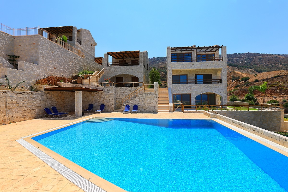 stonehouse for sale in heraklion crete hh07
